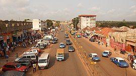 Avenida dos Combatentes da Liberdade da Pátria, Bissau (2).jpg