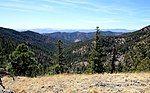希拉国家森林中的山脉和山谷