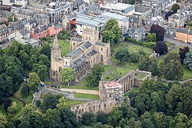 Scotland-2016-Aerial-Dunfermline Abbey.jpg