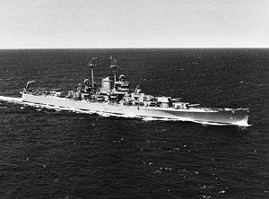 USS Oregon City (CA-122) underway at sea on 17 June 1946 (80-G-262557).jpg