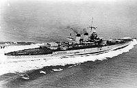 """Bundesarchiv Bild 183-S54286, Italien, Schlachtschiff """"Littorio"""".jpg"""