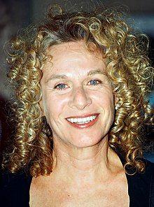 Carole King 2002 (cropped).jpg