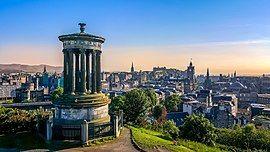 Skyline of Edinburgh.jpg