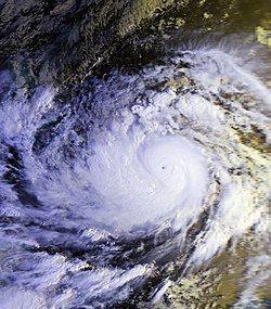 颱風麥克 (11月11日)