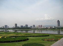 Fen River Park Taiyuan 20110709.jpg