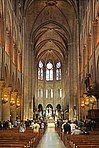 Nave of Notre-Dame de Paris, 22 June 2014 002.jpg