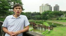 File:WIKITONGUES- Yernur speaking Kazakh.webm