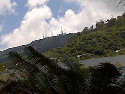 Cerro el Volcan (antenas) 2012 000.jpg