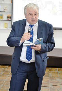"Valeriu Matei, director la Institutul Cultural Român ""Mihai Eminescu"" din Chișinău (16525967165).jpg"