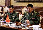 Генерал-майором Таалайбеком Омуралиевым.jpg