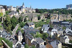 卢森堡城格伦德区的天际线