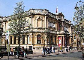 Wolverhampton Art Gallery 2.jpg