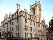 Middlesex Guildhall (cropped).jpg