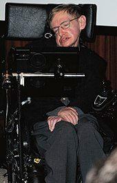 2006年,坐在轮椅上的霍金