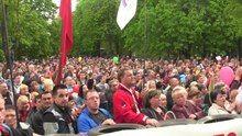 File:Луганск. 1 мая 2014 год. видео 1.ogv