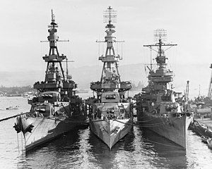 USS Salt Lake City (CA-25), USS Pensacola (CA-24) and USS New Orleans (CA-32) at Pearl Harbor on 31 October 1943.jpg