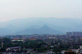 201705 Jinhua Mountain from Jinhua Railway Station.jpg