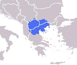 蓝色部分即马其顿地区。现代的马其顿被划入(英语:Macedonia_(terminology)#Subregions)希腊(马其顿)、马其顿帝国、[保加俄白乌利亚