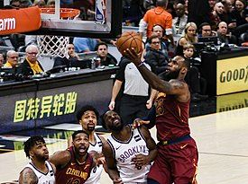 LeBron James Layup (Cleveland vs Brooklyn 2018).jpg
