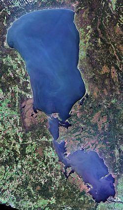 Lake Peipus, LandSat-8, 2016-10-20.jpg