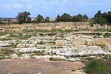 Malta - Marsaxlokk - Triq Xrobb l-Ghagin - Tas-Silg 08 ies.jpg