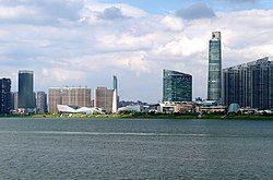 从湘江西岸眺望长沙滨江文化园