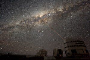 ESO-VLT-Laser-phot-33a-07.jpg