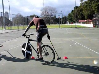 File:Bike polo.ogv