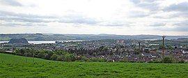Dumbarton from Priestyard, Renfrewshire.jpg