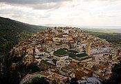 Arial view old town (15082890820).jpg