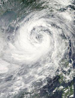 台风纳沙在9月28日穿越南海
