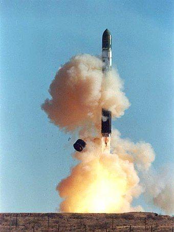 Dnepr rocket lift-off 1.jpg