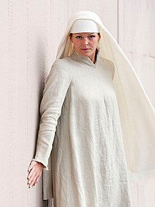 Elin Rombo as Sister Blanche in Dialogues of the Carmelites 2011.jpg