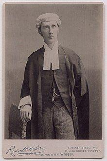 Henry Fielding Dickens in the 1890s.jpeg