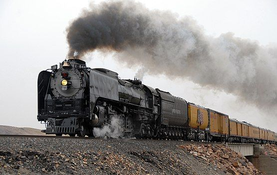 Union Pacific 844, Painted Rocks, NV, 2009 (crop).jpg