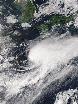 6月16日,位于琉球海域的热带风暴格美。