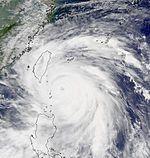 Super Typhoon Bills at peak intensity Aug 22 2000.jpg