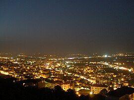 韦里亚夜景
