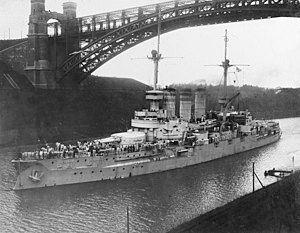 German battleship SMS Lothringen underway in the Kiel Canal (NH 46821).jpg