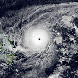 11月22日超强台风厄尔玛