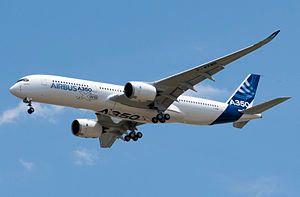 A350 First Flight - Low pass 02.jpg