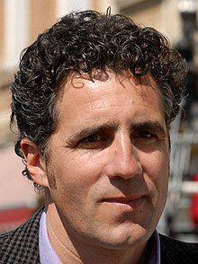 Miguel Indurain en la Vuelta a Castilla y León 2009 (cropped).jpg
