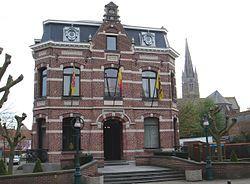 Oudenburg town hall
