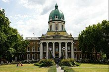Imperial War Museum, London (geograph 4108048).jpg