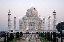 Taj Mahal in India - Kristian Bertel.jpg