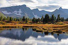 Небольшие озера Золотой Долины.jpg