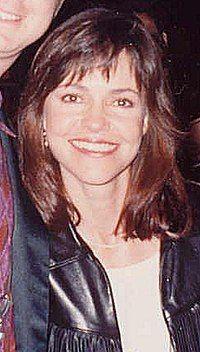 Sally Field 1990.jpg
