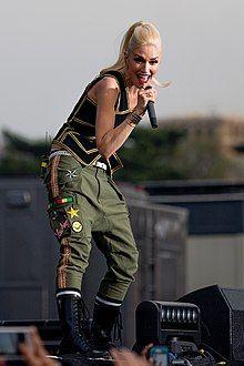 Gwen Stefani, No Doubt (crop 2).jpg