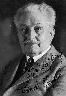 Leos Janácek (1926).jpg