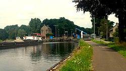 Bridge and lock on the Zuid-Willemsvaart in Lozen, Bocholt.